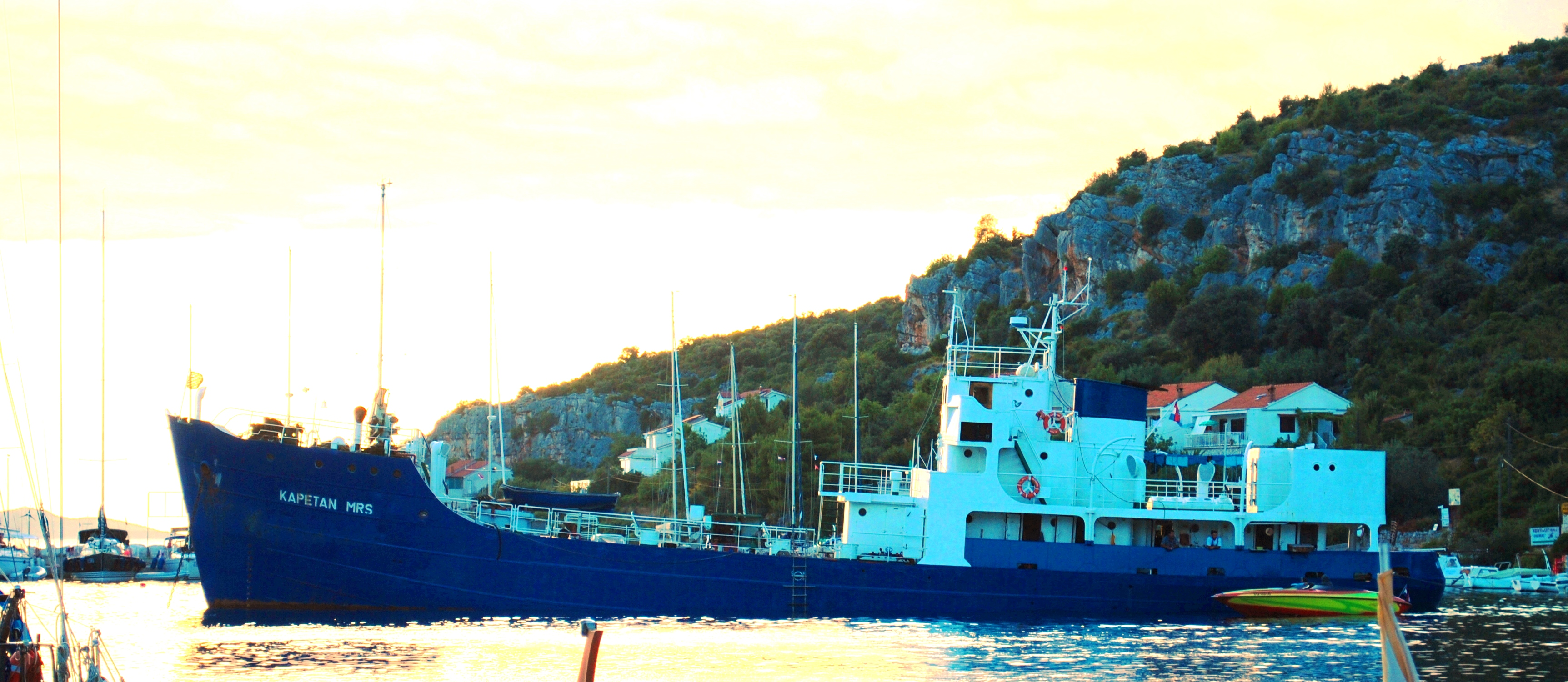 Water Tanker Vessel Kapetan MRS
